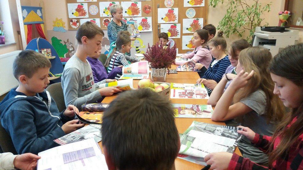 bpmig_radkow_gazety_swiata_lekcja_biblioteczna_003