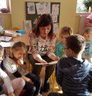 Przepis na zimę podają przedszkolaki z Wambierzyc