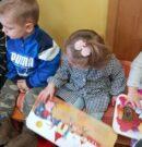 Odwiedziny najmłodszych czytelników, czyli żłobek z wizytą w bibliotece