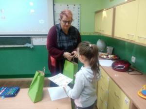 BPMiGRadkow wreczenie nagrod konkurs plastyczny projekt00014