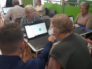BPMiG w Radkowie kurs komputerowy seniorzy Wambierzyce1