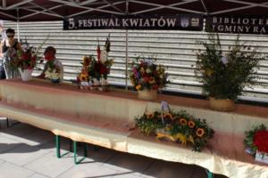 BPMiG Radkow 5 festiwal kwiatow przyjmowanie i ekspozycja kompozycji 15
