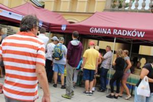 BPMiG Radkow 5 festiwal kwiatow przyjmowanie i ekspozycja kompozycji 21