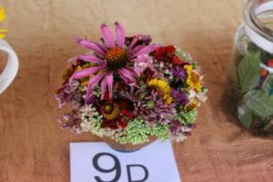 BPMiG Radkow 5 festiwal kwiatow przyjmowanie i ekspozycja kompozycji 49
