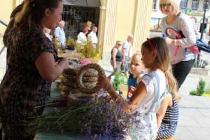 BPMiG Radkow 5 festiwal kwiatow warsztaty florystyczne 03
