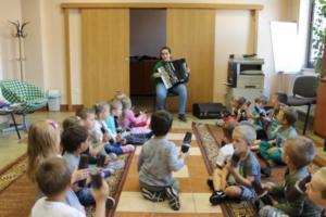 BPMiG Radkow zajecia muzyczne przeszkolaki Radkow Pingwinki 46