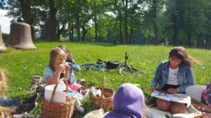 BPMiG Radkow piknik z ksiazka Wambierzyce09