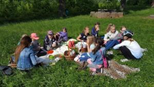 BPMiG Radkow piknik z ksiazka Wambierzyce16