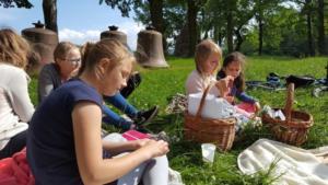 BPMiG Radkow piknik z ksiazka Wambierzyce18