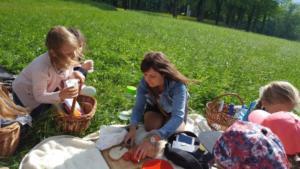 BPMiG Radkow piknik z ksiazka Wambierzyce22