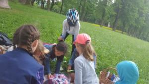 BPMiG Radkow piknik z ksiazka Wambierzyce27