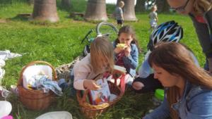 BPMiG Radkow piknik z ksiazka Wambierzyce32