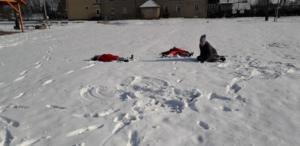 BPMiGRadkowi Zabawy na sniegu Scinawka Dolna00008