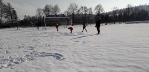BPMiGRadkowi Zabawy na sniegu Scinawka Dolna00012