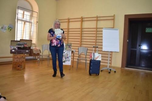 BPMiG Radkow Dolna walizka pelna ksiazeki26