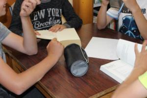 BPMiG Radkow dlonaslascy pisarze lekcja biblioteczna Scinawka Dolna 15