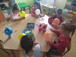 F3 Tlumaczow osmiornice balony8