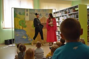 BPMiGRadkow Teatrzyk Scinawka Srednia Projekt Z Ksiazka Przez Zycie00034