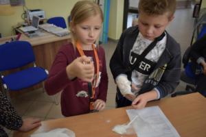 BPMiGRadkow Eksperymenty Scinawka Srednia klasa5b00015