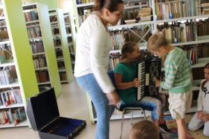 BPMiG Radkow zajecia muzyczne Ania kl II Sc Srednia 21